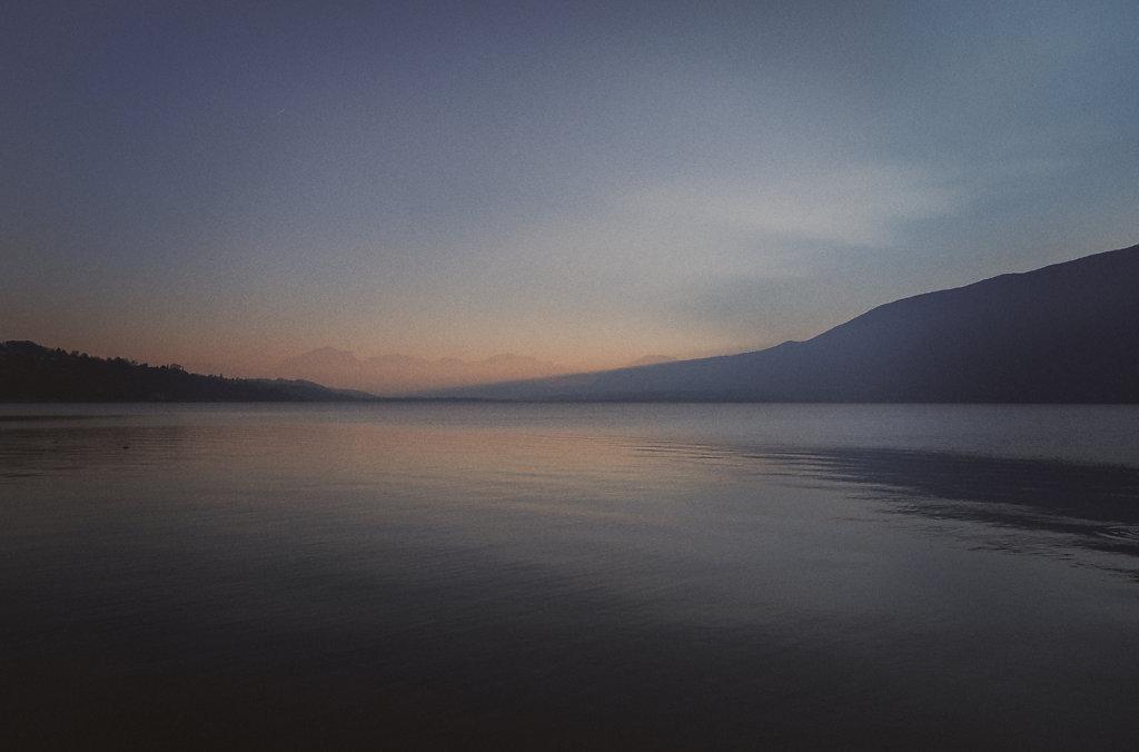 Sur le lac d'Aix-les-Bains